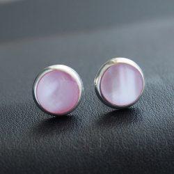 Rózsaszín gyöngyház bedugós fülbevaló 10mm-es