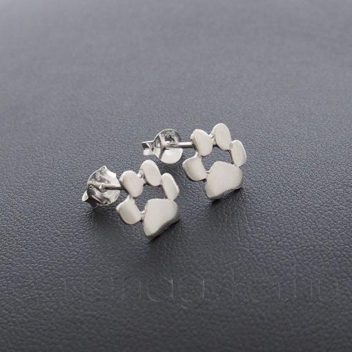 Mancs ezüst fülbevaló