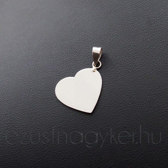 Gravírozható szív medál (18mm)