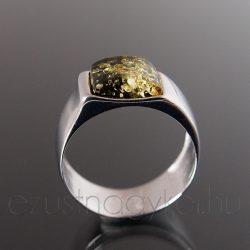 Borostyán ezüst gyűrű - asszimetrikus karika zöld borostyánnal