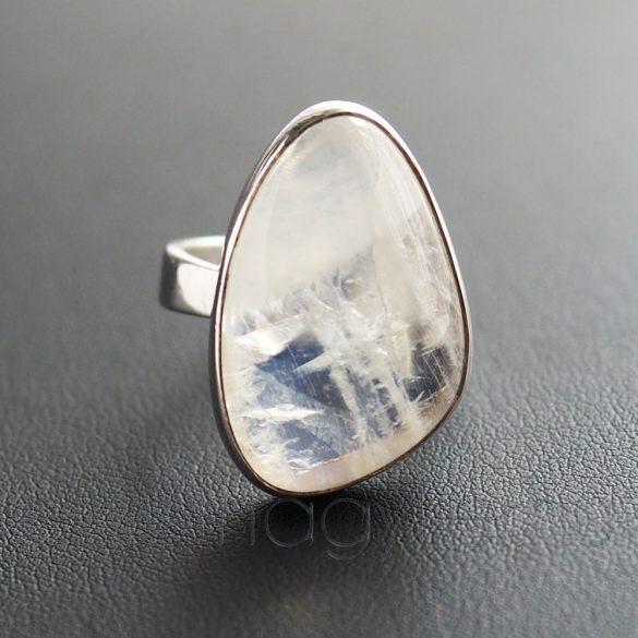 Holdkő ezüst gyűrű amorf