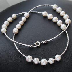 Ezüst betétes fehér gyöngysor