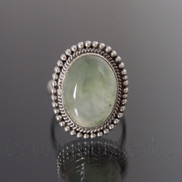 Prehnit ezüst gyűrű