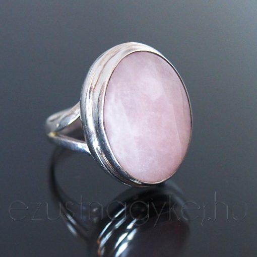 Rózsakvarc ezüst gyűrű ovál