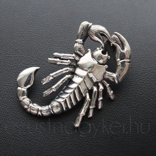 Skorpió medál