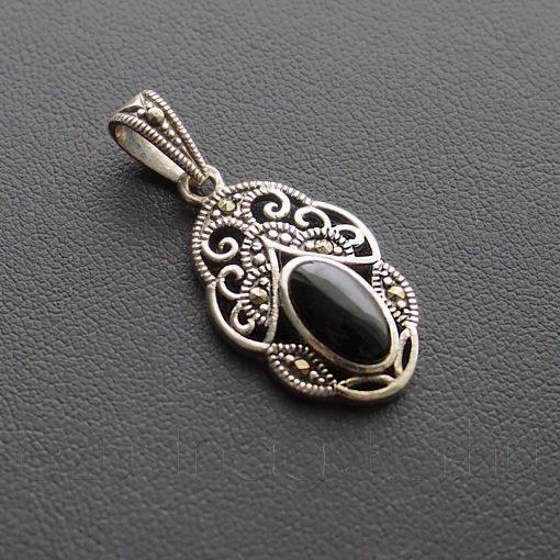 Markazit - Ónix  tiara medál