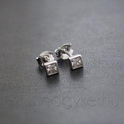 Szögletes ezüst fülbevaló mini