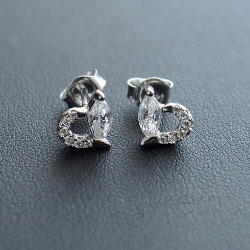 Szív ezüst fülbevaló, navett Cirkónia kővel