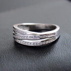 Cirkónia köves gyűrű 3 sávos