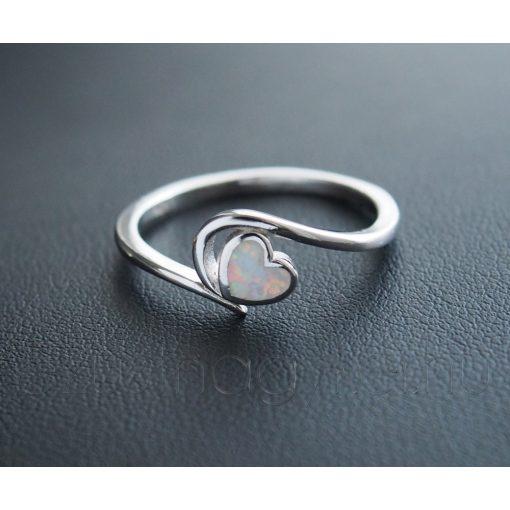 Opál Szív gyűrű -  Fehér