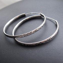 Karika fülbevaló  vésett szálka mintás, 4,5 vagy 5,5 cm átmérőben