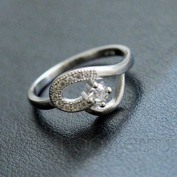 """Cirkónia köves gyűrű """"Bianka"""""""